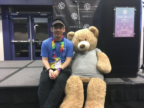 Arthur Tham posing with a hackathon buddy at HackUCI