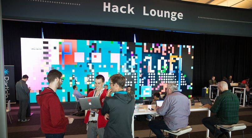 hack-lounge.jpg