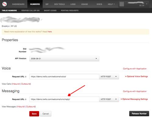 Tela de configuração do console da Twilio contendo o campo para configurar o webhook de mensagens recebidas.